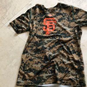 Other - Boys camo giants shirt